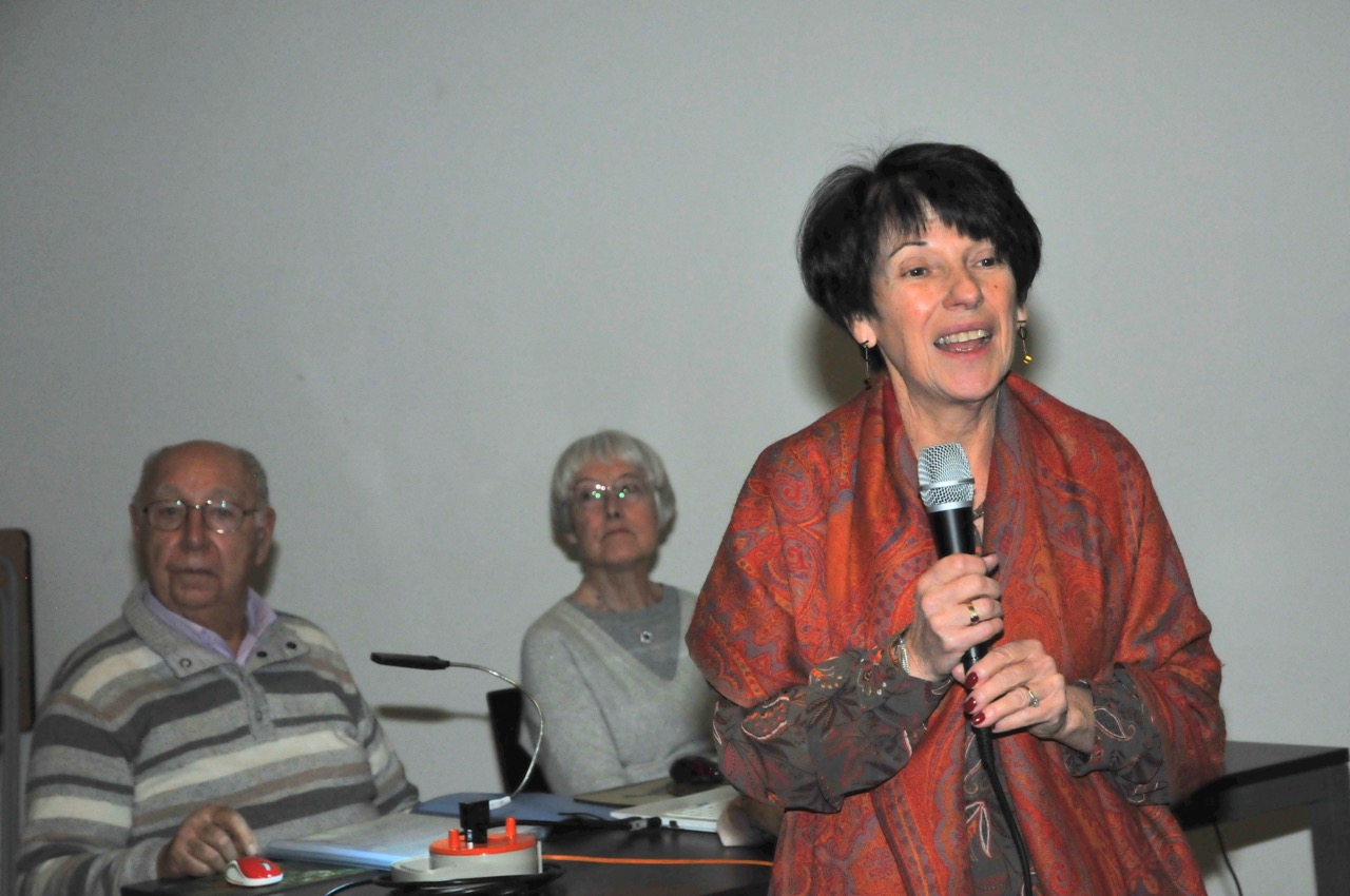 07 Élisabeth, notre présidente au micro