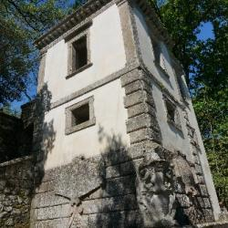48a Bomarzo maison penchée