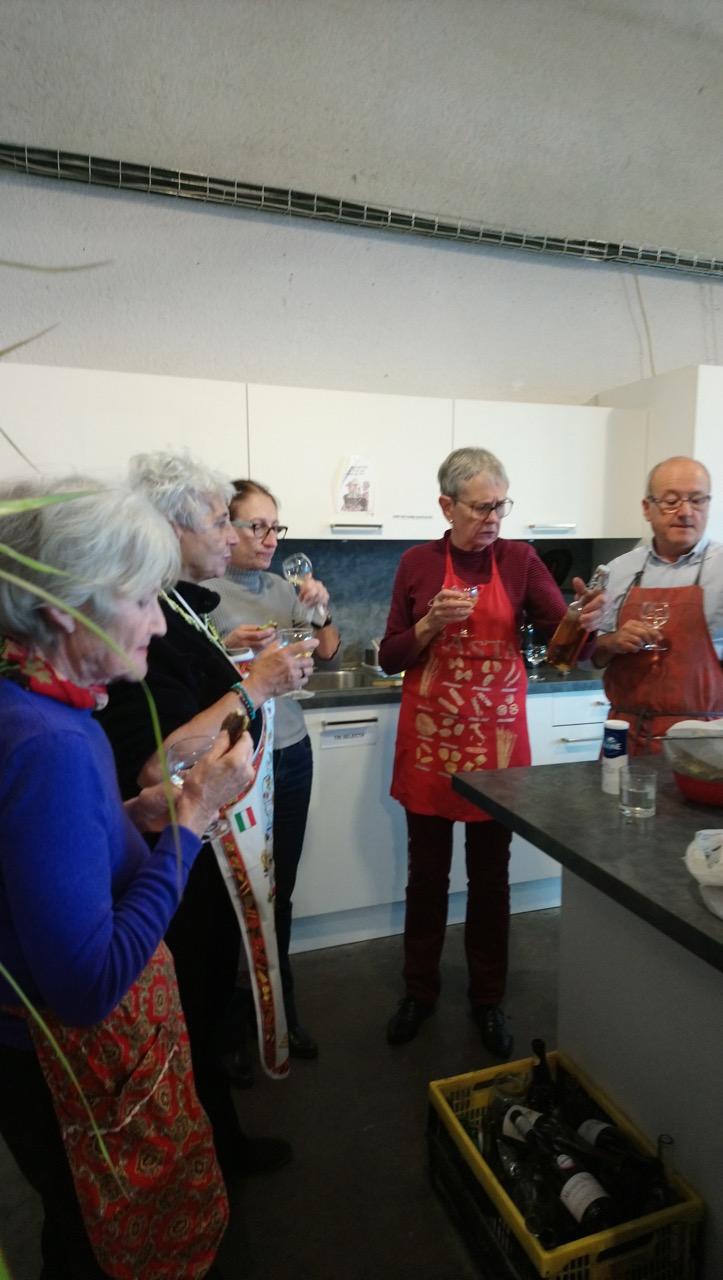 5 L'atelier Cuisine, c'est aussi la dégustation du Kir à la châtaigne